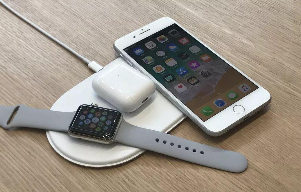 手机都可以使用无线充电了 无线充电汽车还远吗?