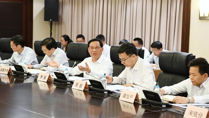 上海市委书记李强专题调研半导体产业发展