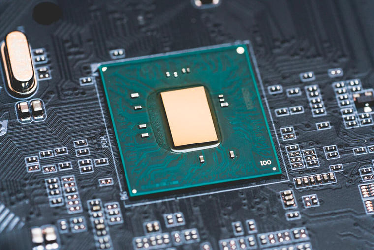 14nm晶圆供不应求,英特尔被迫重启22纳米工艺生产