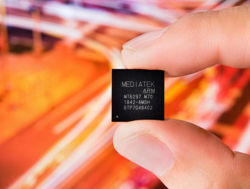 打造5G时代高速网络体验,联发科5G多模整合基带芯片Helio M70