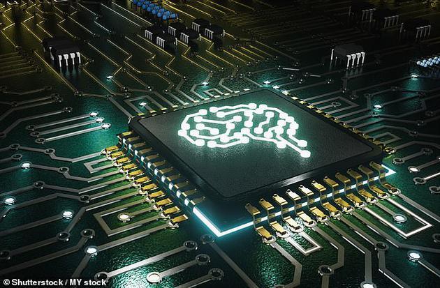 """大脑植入微芯片,未来五年人类可实现""""超智能""""!"""