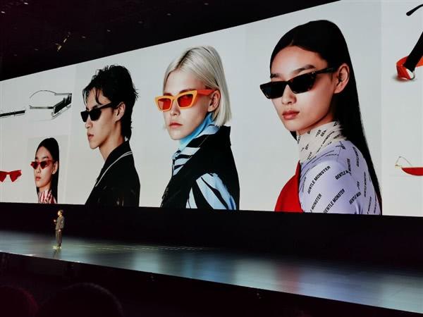 华为推出首款智能眼镜EyeWear:首创NFC非触式充电