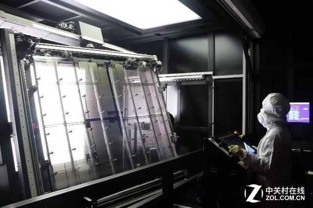 LCD、OLED两开花 中国雄霸显示面板业指日可待