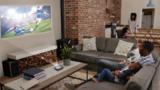 采用业界最小的全高清微显示器设计出超便携1080p显示