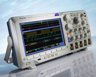 新型示波器支持串行总线触发和解码