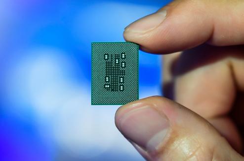 Qualcomm®骁龙™计算平台重塑入门级、主流和顶级移动PC产品