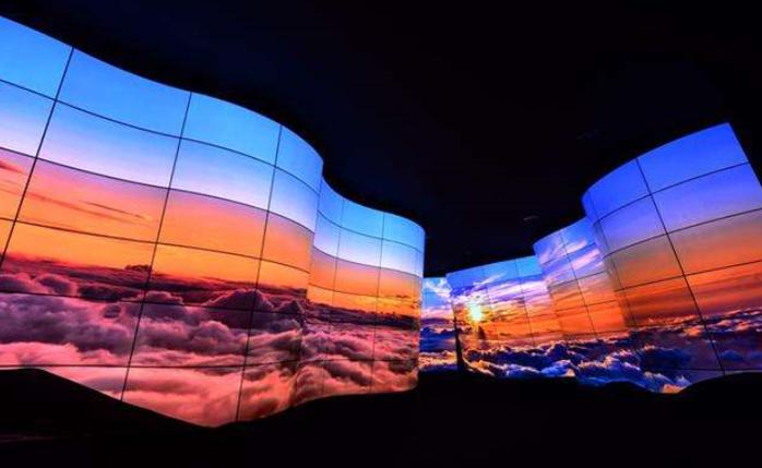2024年MicroLED显示器芯片产值预计达23亿美元