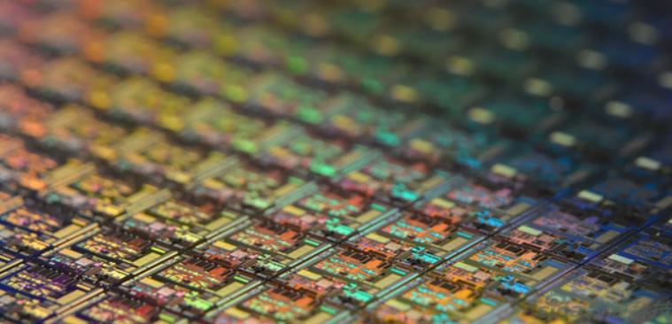 Intel芯片果真外包,正与台积电接洽